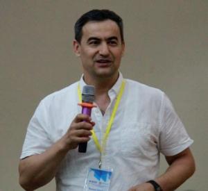 Rustam Shadiev